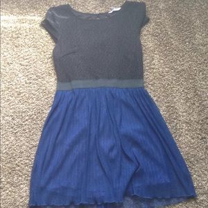 mid thigh black and blue dress